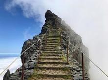 Krajobraz Madery  - szczyt pico do Arieiro