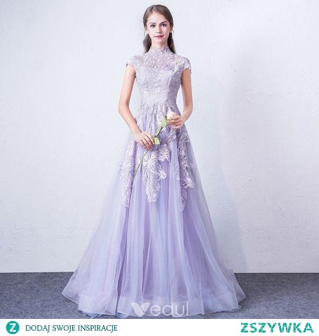 Eleganckie Lawenda Sukienki Wieczorowe 2018 Princessa Wysokiej Szyi Rękawy z Kapturkiem Aplikacje Z Koronki Trenem Sweep Wzburzyć Sukienki Wizytowe