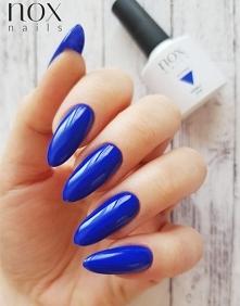 Lakier Hybrydowy NOX w kolorze kobaltowym zapewni Ci piękny wygląd na randkę ...