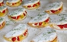 Omlety biszkoptowe z bitą śmietaną