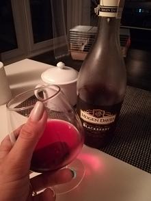 Wieczorek z ulubionym winem :)) uwielbiam je:) mój towarzysz najważniejszych imprez w życiu od 18stki po wesele i chrzciny :))