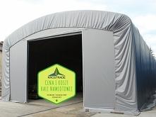 Murowany magazyn to kosztowna inwestycja. Solidną i funkcjonalną alternatywą jest zakup hali namiotowej: konstrukcji z rur i profili w niższej cenie.