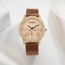 Śliczny Drewniany Zegarek D...