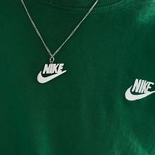 Naszyjnik Nike