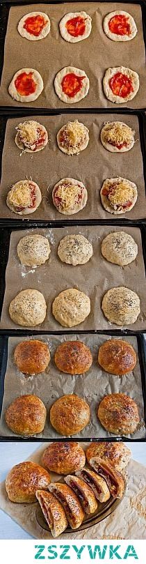 Składniki  Ciasto:  1,5 szklanki mąki0,5 szklanki wody2 łyżki oleju20 g świeżych drożdży1 łyżeczka soli1 łyżeczka cukru  Nadzienie:  2 łyżeczki koncentratu pomidorowego mała cebula pomidor 2 pieczarki garść kukurydzy konserwowej 6 plastrów salami 100 g tartej mozzarelli 1 jajko łyżeczka maku oregano sól.    Przygotowanie  1.Drożdże rozmieszać w wodzie do całkowitego rozpuszczania. Do dużej miski wsypujemy wszystkie składniki na ciasto, najpierw możemy je wymieszać łyżką. Gdy łyżka obklei się mocno ciastem wyrabiamy rękami do elastycznej i jednolitej konsystencji. Tak wyrobione ciasto zostawiamy do wyrośnięcia na 30 minut.  2.Ciasto rozwałkowujemy, wycinamy okręgi o średnicy 10 centymetrów, powinno wyjść 12 sztuk. Koncentrat pomidorowy rozrabiamy z dwoma łyżkami wody i smarujemy nim 6 placków tylko na środku. cebule,pomidora i pieczarki kroimy w kostkę, następnie mieszamy razem z kukurydzą. Dodajemy po około dwie łyżki posiekanych składników na środek placków. Posypujemy całość suszonym oregano i solą. Układamy plaster salami na każdy krążek, następnie posypujemy całość tartym serem.  3.Pozostałe krążki układamy z góry na placki i zaklejamy boki do powstania kształtu bułki.  Łatwiej będą się sklejać, jeżeli boki posmarujemy delikatnie wodą.Pozostawiamy bułki na około 15 ,aby trochę podrosły, po tym czasie roztrzepujemy jajko, smarujemy widoczne elementy ciasta i posypujemy makiem. Bułeczki z nadzieniem pizzy pieczemy w piekarniku rozgrzanym do 180C, około 20 min do złotego koloru. Po wystygnięciu są gotowe do jedzenia. Smaczneg