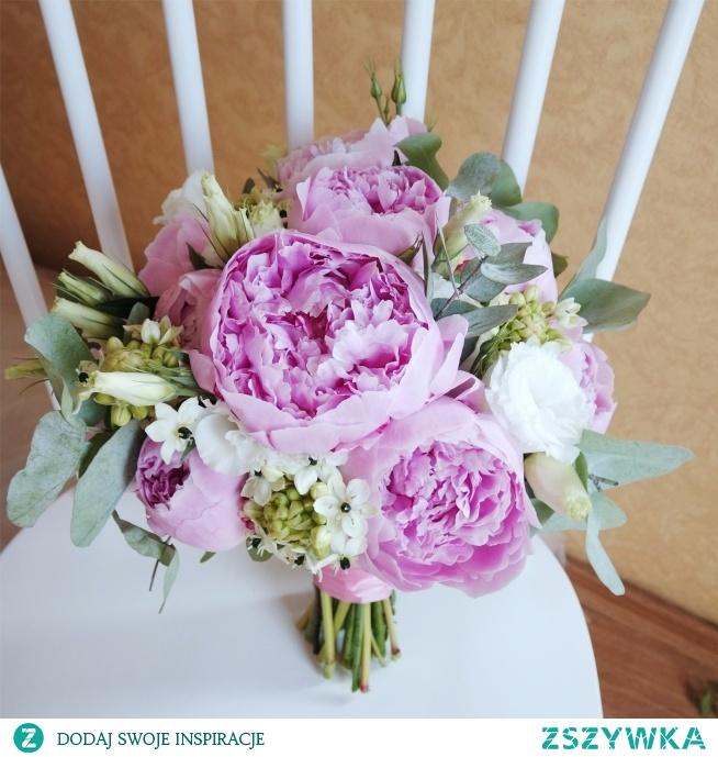 Bukiet ślubny: pudrowy róż i piwonie <3