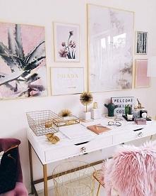 biuro w różu <3