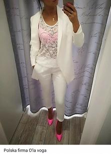 biały zestaw + różowe szpilki *-*