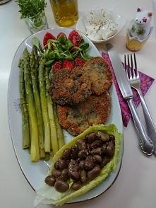 Królewskie wegetarianskie jedzonko.Szybko i zdrowo .Szparagi zielone oczyszcz...