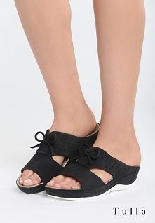 Czarne Klapki Charming Bows