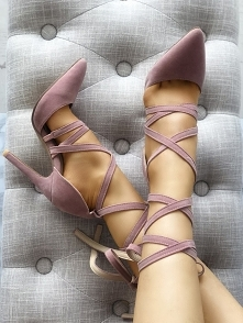 Solid Strappy Pointed Toe T...
