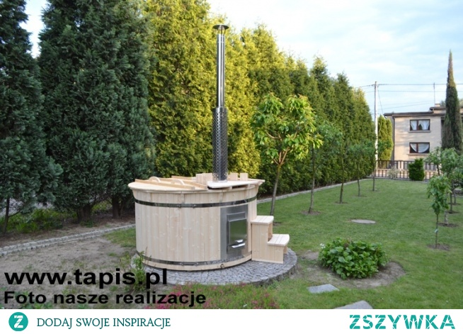 HOT TUB 3 - balia drewniana z piecem wewnętrznym z bocznym załadunkiem. Średnica: 180 cm. Producent: TAPIS.PL