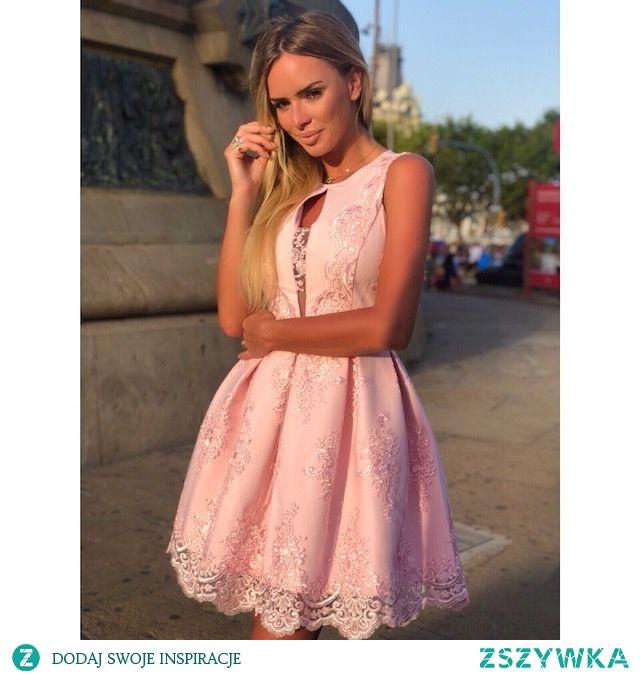 ALISS - Koronkowa sukienka różowa Kliknij w zdjecie by przejsć do produktu. sukienkowo.com