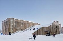 The Parking Garage that Moonlights as a Sledding Slope / White Arkitekter + H...
