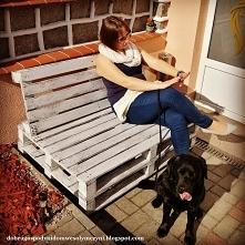 prosta i solidna ławka z palet