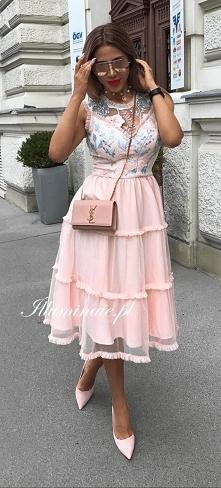 Wyjątkowa sukienka midi z k...