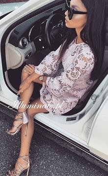 Koronkowa, pudrowo-różowa sukienka z kolekcji Illuminate <3