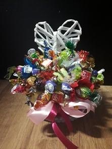 koszyczek z cukierków