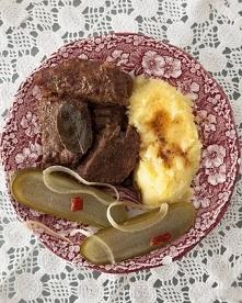 Bitki wołowe w sosie  0,75 kg mięsa wołowego 1 przyprawa do wołowiny 0,5 łyże...