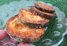 Cukinia z piekarnika jak schabowy        cukinia     4 sztuki      tarta bułka     1 szklanka      oregano     2 łyżki      pieprz cytrynowy     2 łyżeczki      tymianek     1 ł...