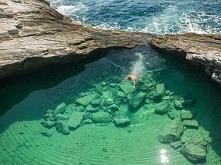 Naturalny basen z morza. Th...