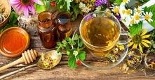 Najlepsze zioła, które mogą pomóc Ci w procesie odchudzania