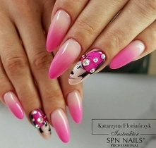 farbki uv spn nails
