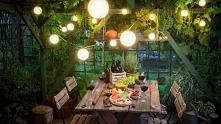 przyjęcie w ogrodzie-dekoracje