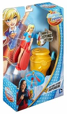 Mattel Latająca superbohaterka Lalka