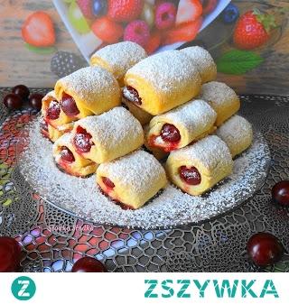 Szybkie Ciasteczka z Dżemem Nadziane Wiśnią. Coś szybkiego do kawki,wykonanie tych ciasteczek zajmie Ci razem z upieczeniem ok.30 min.