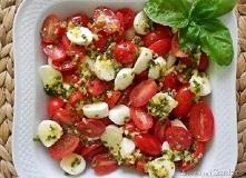 szybka i smaczna przekąska z pomidorów i mozzarelli :)