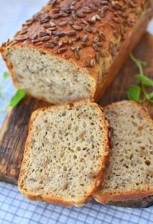 Chleb pełnoziarnisty ze sło...