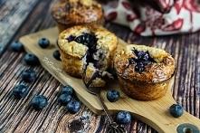Jak już doskonale wiecie, dla mnie najważniejszym posiłkiem dnia jest śniadanie. Oczywiście śniadanie smaczne i pożywne, ale nie wymagające dużo zachodu. Bo jak wiadomo poranek ...