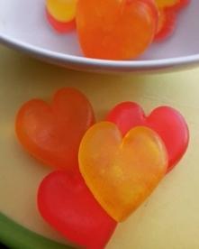 Mydełka wykonane z masy glicerynowej, doskonałe na upominek dla bliskiej osoby!