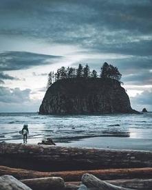 """""""Wystarczy jedna osoba, by ożyło pustkowie i wystarczy jej brak, aby wie..."""