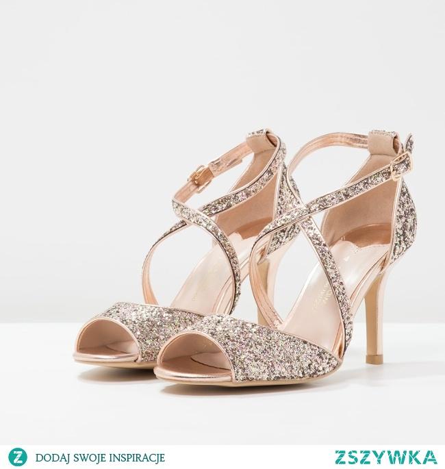 Najpiękniejsze sandałki ślubne dla panny młodej! Inspiracje na blogu ślubnym Panna Allure!
