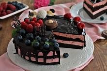 Malinowo czekoladowy torcik