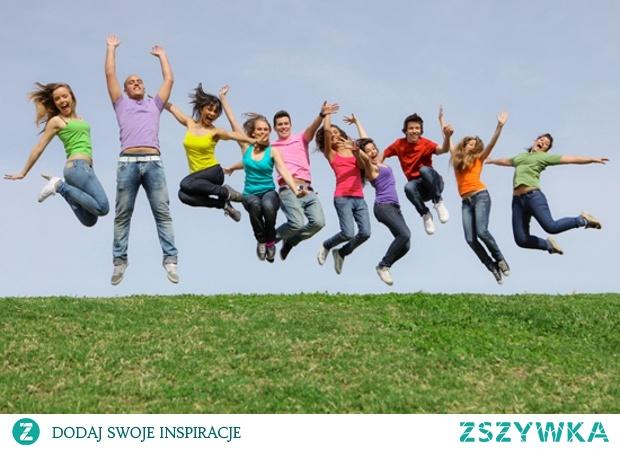 12 sierpnia - Międzynarodowy Dzień Młodzieży, Dzień Pracoholika.