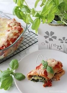 Naleśniki ze szpinakiem w sosie pomidorowym :) przepis na blogu!