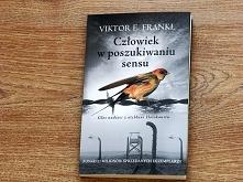 Książka, z której uderza głęboki humanizm i niezwykła mądrość. Autor, który p...