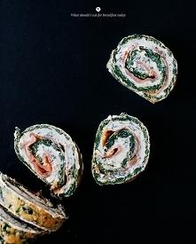Rolada ze szpinaku z łososiem i serkiem