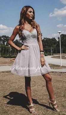 Tiulowa, szara sukienka ide...