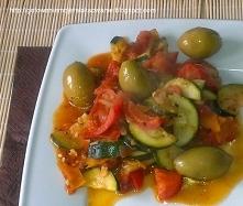 Sałatka jesienna na ciepło z oliwkami