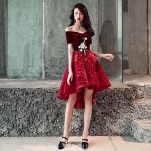 Piękne Burgund Sukienki Koktajlowe 2018 Princessa Asymetryczny Zamszowe Z Koronki Kwiat Przy Ramieniu Bez Pleców Kótkie Rękawy Sukienki Wizytowe