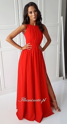 Przepiękna długa, czerwona ...