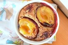 Pieczona gryczanka ze śliwkami i czekoladą