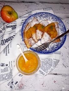 Jabłkowy omlet z cynamonem ...