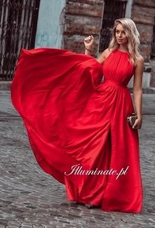 Cudowna, czerwona, długa su...