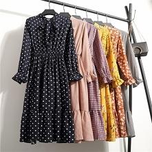 Sukienka w stylu RETRO to stały hit mody - nigdy z niej nie wychodzi! Zwiewny...