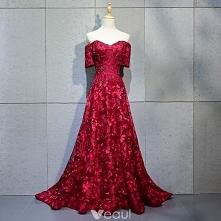 Uroczy Burgund Sukienki Wieczorowe 2018 Princessa Frezowanie Kryształ Z Koronki Kwiat Rhinestone Przy Ramieniu Bez Pleców Kótkie Rękawy Trenem Sąd Sukienki Wizytowe